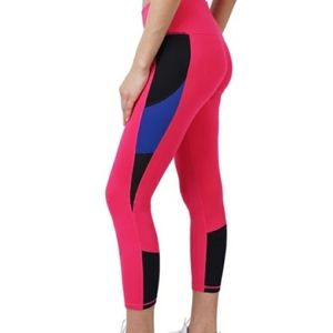 Cover Girl NWOT Pink Peacock Color Bloc Leggings M